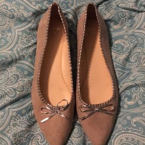 Crown & Ivy NWOT Taupe Flats